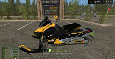 SNOWMOBILE SKI DOO